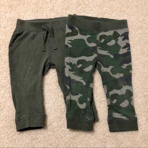 3/$25 Set of 2 Old Navy Leggings